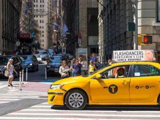 Tips Naik Taksi